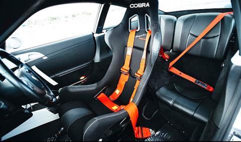 Un Porsche 911 con asiento central, ¡a la venta!