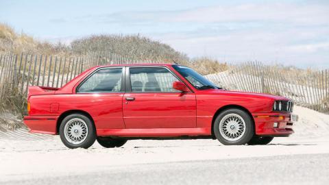 BMW M3 E30 lateral