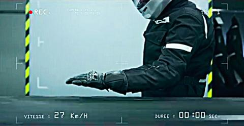 Vídeo: cómo proteger a los motoristas. ¿Que aprenda la DGT?