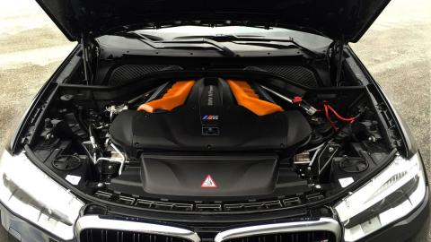 BMW X6 M G-power motor