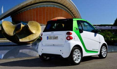Se deja de fabricar el Smart eléctrico, ¡hasta pronto!