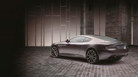 Aston Martin DB9 GT Bond Edition trasera