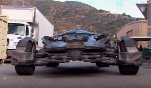 Un buen vistazo al último Batmóvil