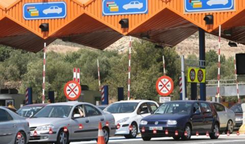 Los coches eléctricos no pagan peajes en Cataluña