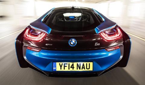 A la venta un BMW i8 por ¡11.500 euros!