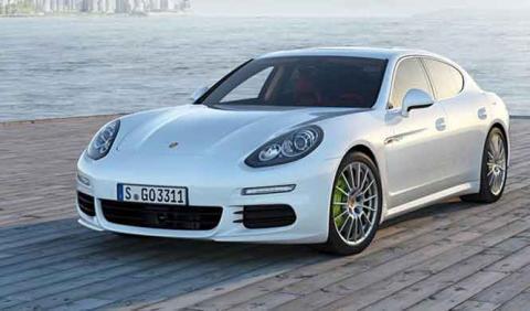 Por qué Porsche va renovar todo en 2016, menos el Panamera…