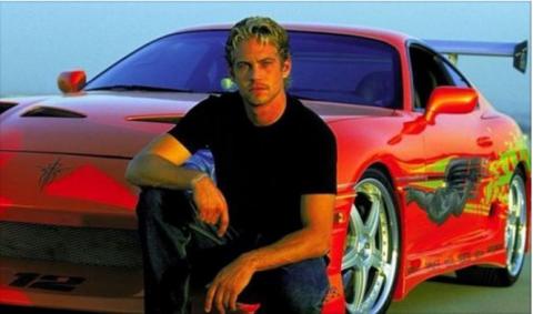 ¡Otro más! El padre de Paul Walker demanda a Porsche