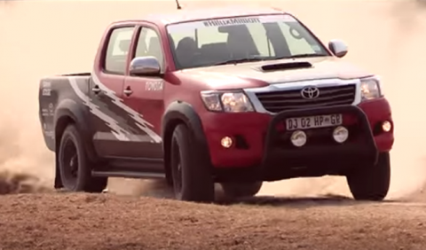 Toyota Hilux Racing Experience: ¡con 455 CV!