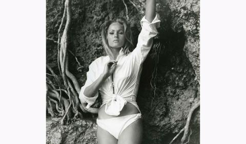 Ursula Andress chica Bond