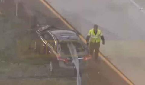 Increíble: empala su coche en un guardarraíl y sobrevive