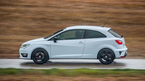 Prueba: Seat Ibiza Cupra 2015. Rabia concentrada.