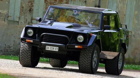 todoterrenos-motor-v12-lamborghini-lm002