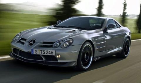 Un Mercedes SLR híbrido podría llegar en 2018