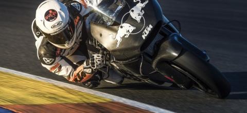 KTM continúa con la preparación de su RC16 de MotoGP