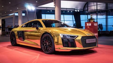 Audi R8 V10 2015 oro