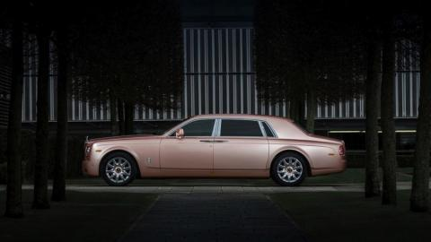 Rolls-Royce Sunrise Phantom lateral