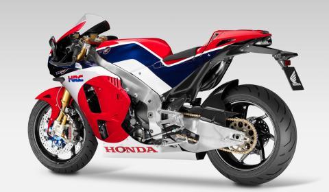 Honda entrega la primera RC213V-S, la MotoGP de calle