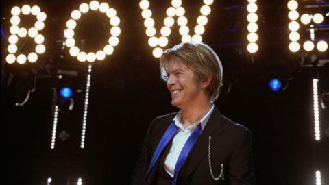 Muere David Bowie. ¿Sabes qué moto tenía?