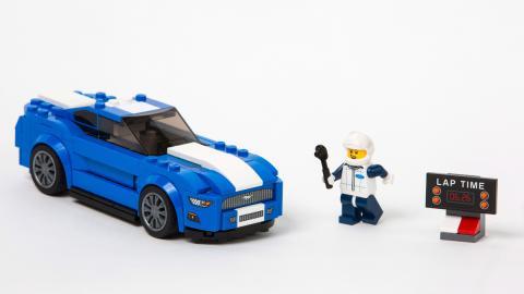 Llegan el Ford Mustang y el F-150 de Lego