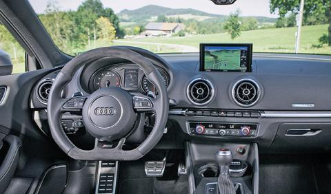 Abt RS 3 volante