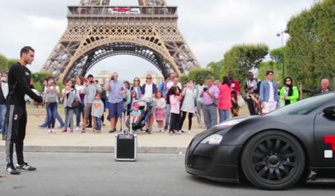Vídeo: Bugatti Veyron vs futbolista, un duelo sin igual