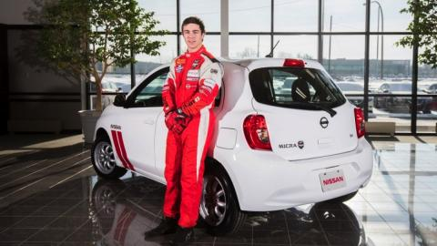 Nissan Micra Cup Edition trasera