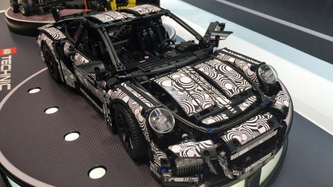 Porsche GT3 RS de Lego. ¡Fabrica el coche de tus sueños!