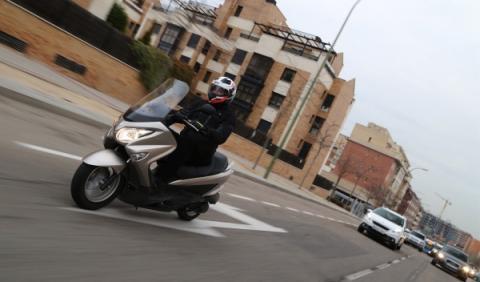 Suzuki Burgman 125 ABS ciudad