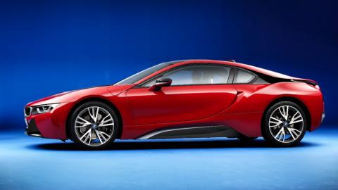 BMW i8 Protonic Red Edition lateral