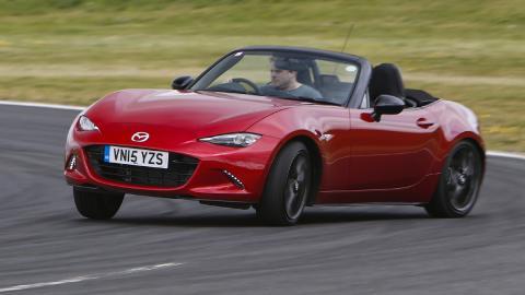 futuros-clásicos-exclusivos-comprar-hoy-Mazda-MX-5
