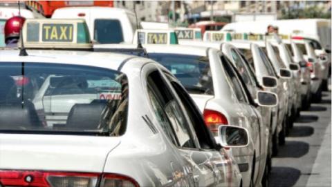 Los taxistas, en huelga ante una nueva amenaza