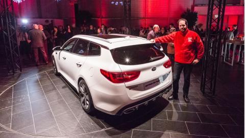 Kia-Optima-Sportswagon-2016-trasera-AUTOBILD.ES