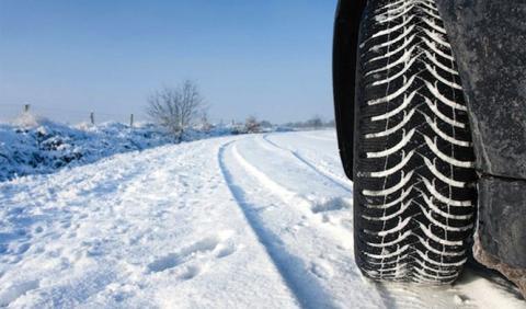 Seis cosas que debes hacer si hay nieve en la carretera