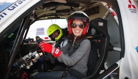 Al volante del Mitsubishi Montero T3... y ¡deseando comenzar la prueba!