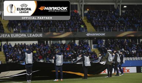 Hankook cumple el sueño de muchos niños en la Europa League
