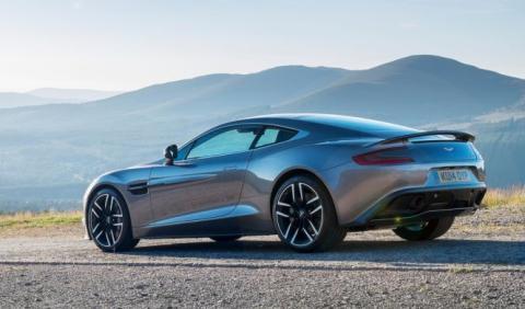 Los 5 mejores coches Gran Turismo del mercado