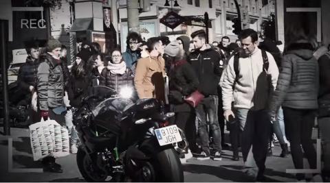 Una Kawasaki H2 en pleno centro de Madrid, ¿qué sucederá?