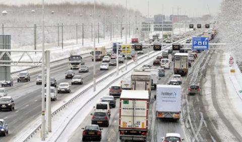 Holanda prohibirá todos los coches, menos los eléctricos