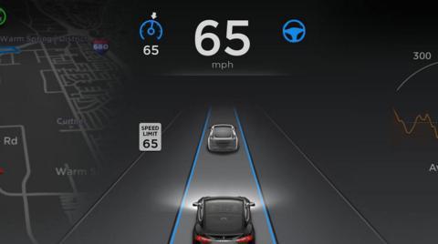 Elon Musk dice que su automático reduce 50% de accidentes