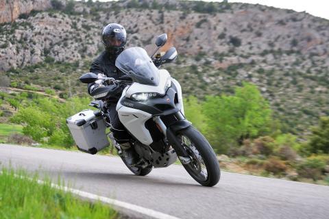 Ducati-Multistrada-1200-Enduro-accion