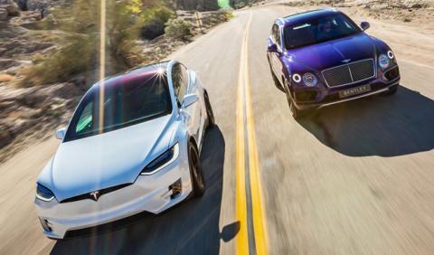 Cara a cara entre los dos SUV más rápidos del planeta