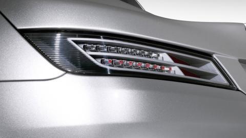 identifica-coches-por-sus-faros-pilotos-mercedes-slr-stirling-moss