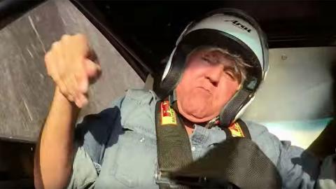 Jay Leno a punto de morir en un Plymouth de 2.500 CV