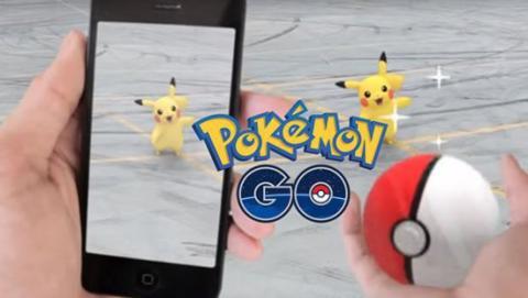 Choca contra la Policía por ir jugando a 'Pokemon Go'