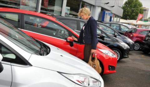 El dineral aportado por la compra de vehículos en España