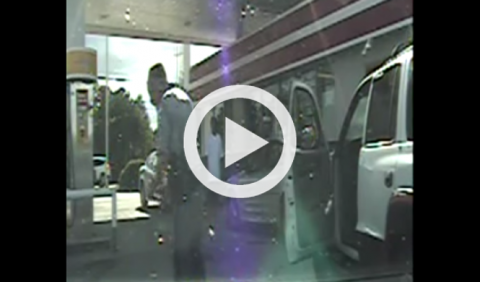 Policía dispara a un conductor sin motivo aparente