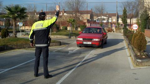 Policías Ful, un timo para robar en plena autopista
