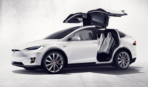 Nuevo fallo en las puertas del Tesla Model X