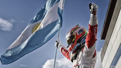 WTCC 2016: Pechito López se proclama tricampeón