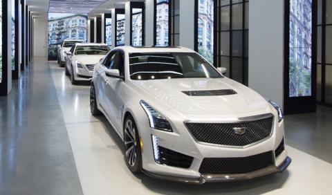 Cadillac quiere cargarse el 40% de sus concesionarios